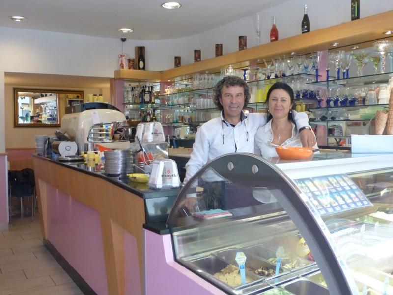 Tübinger Eisdiele und Eiscafé Cortina