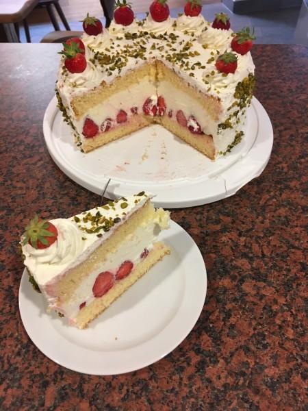 Hausgemachte Torten/Kuchen
