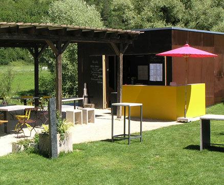 Freiluft-Café und Biergarten - Bild 2