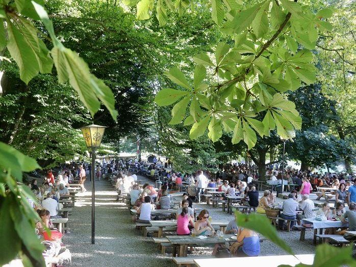 Frühjahrs im Biergarten Haag