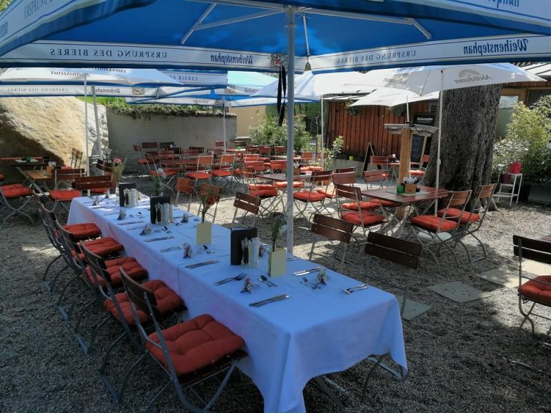 Biergarten im Restaurant Zellers Freising