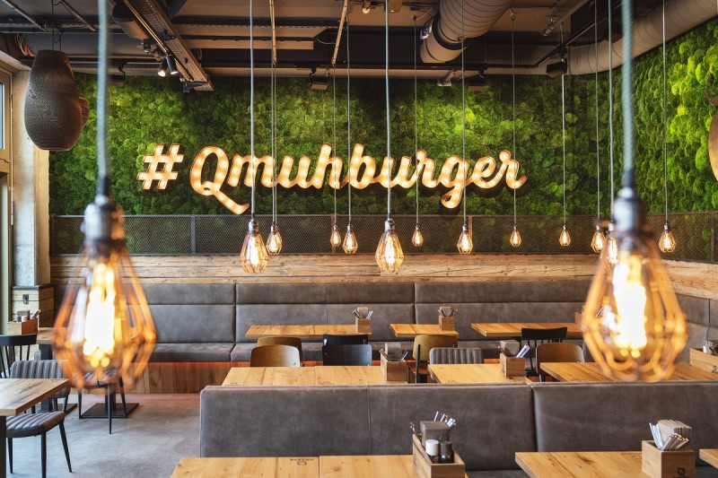 QMUH Burgergrill Steakhouse Bar Reutlingen