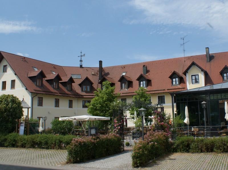 Außenansicht_Hotel Landgasthof Hofmeier